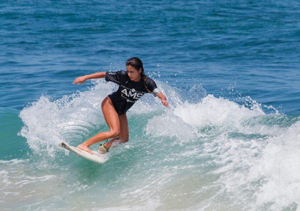 Cecilia González una surfer con mucha pasión