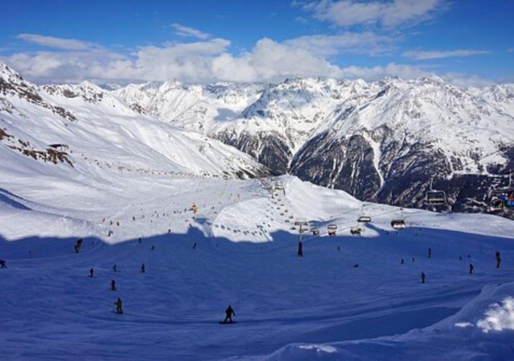 Esquí. Disfrutar de la nieve a toda velocidad